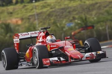 Vettel se impone a Hamilton en Malasia