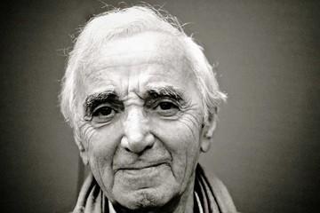 """Charles Aznavour: """"Soy política  y poéticamente incorrecto"""""""