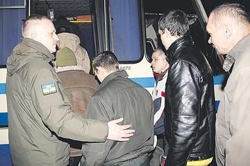 Rebeldes liberarán a todos los prisioneros ucranianos