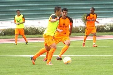 Baldivieso define sistema táctico  para jugar la Copa