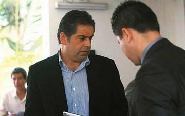 Gobierno quiere expulsar a Belaunde el 22 de mayo