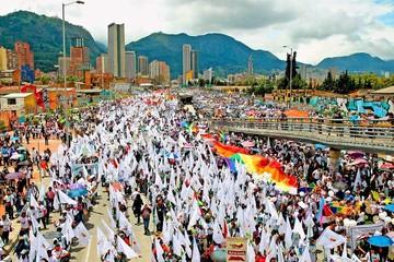 Colombia: Gobierno y las FARC reinician diálogos por la paz