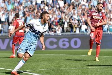 Lazio golea y es segundo