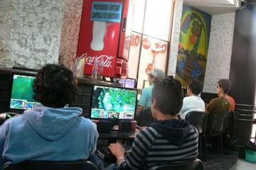 Cafés internet tendrán que instalar cámaras por Ley