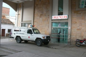 Autobús se vuelca en La Ciénega con 22 pasajeros