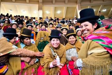 """""""Bartolinas"""" dicen que tras escándalo de Fondo Indígena son discriminadas"""