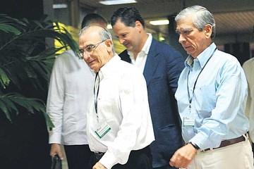 Ordenan reanudar los bombardeos contra rebeldes de las FARC