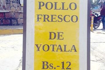 Friales en Sucre venden pollo desde Bs 12 el kilo
