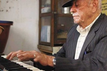 Muere Román Romero, el maestro del armonio
