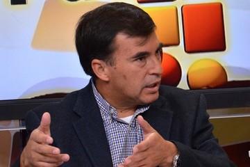 Cardona: Quintana y una Delegada Presidencial recogieron armas para llevarlas al stand de Cotas