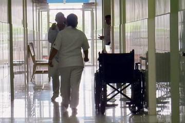 Hospitales piden acelerar pagos para los servicios