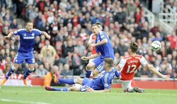 Chelsea avanza al título