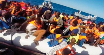 La Marina italiana recupera dos cadáveres de inmigrantes