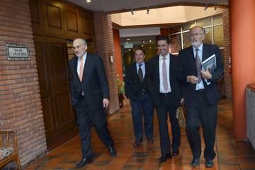Chile presenta alegatos a la CIJ y Bolivia aguarda concentrada