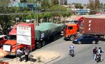 Transportistas de carga internacional suspenden bloqueo de carreteras