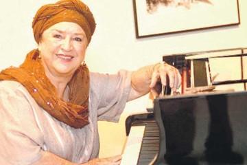 Eximia pianista boliviana presentará su nuevo libro