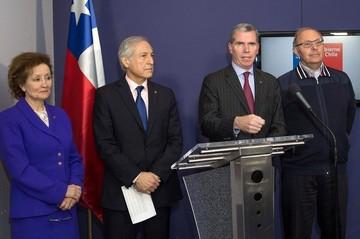 Chile, en crisis de gabinete, sale a replicar alegatos de Bolivia en la CIJ