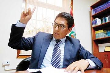 Segura llega a La Paz para la extradición de Martín Belaunde