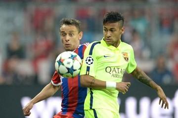Neymar conduce al Barça a la final de Berlín