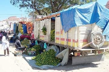 """Otro """"mercado"""" callejero de frutas molesta a vecinos"""