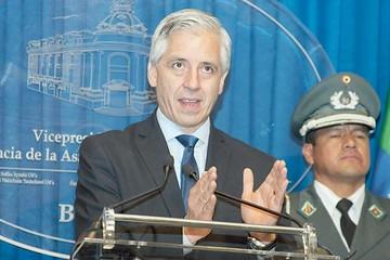 "Gobierno advierte con persecución a ""narcos"""