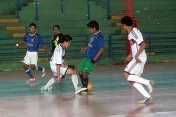 Zudáñez inicia torneo
