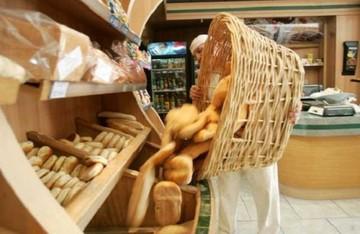 Gobierno sumará a supermercados e industrias para contrarrestar paro de panaderos