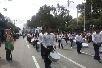 Sucre celebra con civismo el homenaje al Primer Grito de Libertad