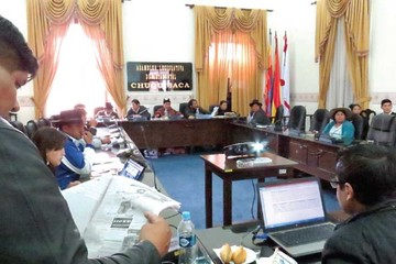La Asamblea clausura el periodo 2010-2015