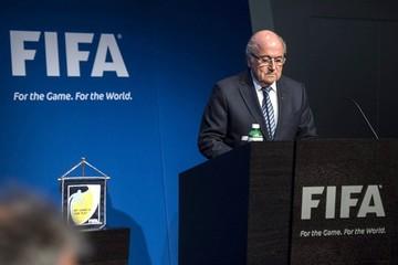 Medios de EEUU aseguran que Departamento de Justicia y el FBI investigan a Blatter