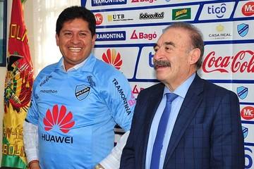 Villegas firma su contrato