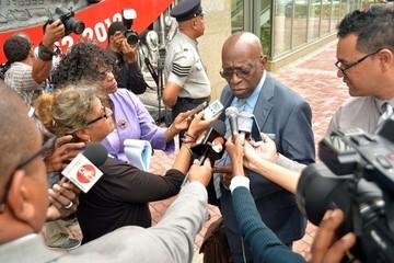 Jack Warner, ex vicepresidente de la FIFA, dice temer por su vida