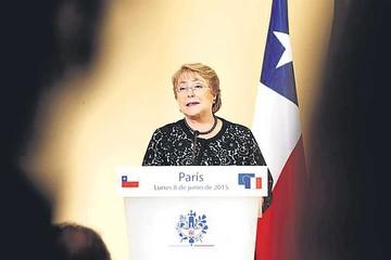Chile: Renuncia de un ministro siembra más dudas sobre gobierno