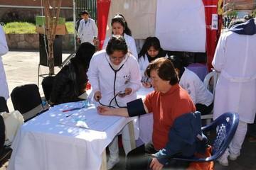Feria concentra atención de niños y jóvenes