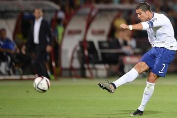 Ronaldo lidera la victoria lusa