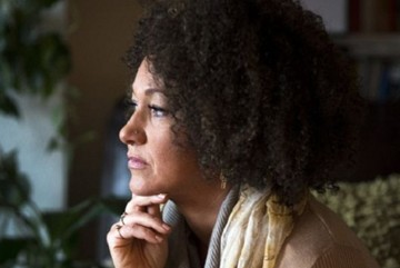 EEUU: Dimite la líder que desató un debate sobre su identidad racial