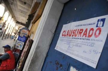 Detienen a extorsionador de contribuyentes en Cochabamba