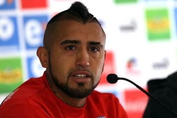 Sampaoli planea dejar a Vidal en la banca ante Bolivia