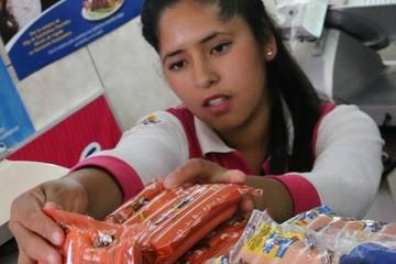 Crece venta de salchichas ilegales y en mal estado