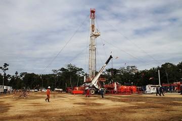 Ministro no descarta excedente de gasolina con nuevo hallazgo de petróleo