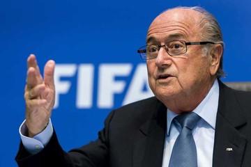 Blatter asistirá a sorteo