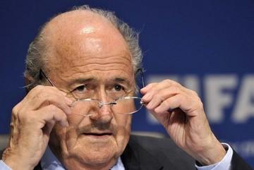 FIFA: Blatter aclara que no dimitió y que sólo puso su cargo a disposición