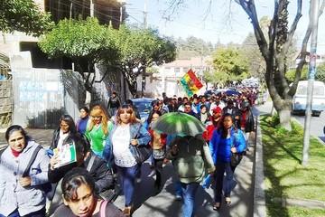 Ministerio de Educación calla; la huelga sigue