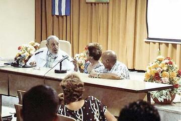 Cuba: Reaparece Fidel para hablar sobre el  cambio climático