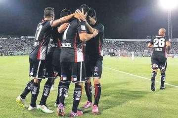 Atlético Mineiro  le arrebata el  liderato al Sport
