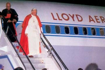 Las visitas de Juan Pablo II y Francisco