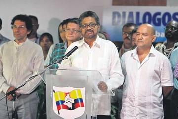 Las FARC declaran alto el fuego para aliviar negociación