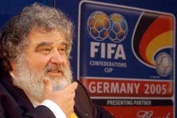 La FIFA sanciona  a perpetuidad a ex  dirigente de fútbol