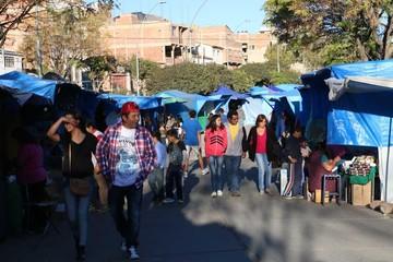 Feria de Alasitas en Sucre comienza a tomar forma