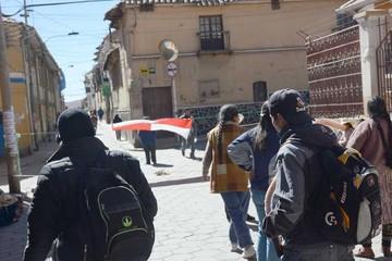 Se agrava bloqueo en Potosí y efectos se sienten en Sucre